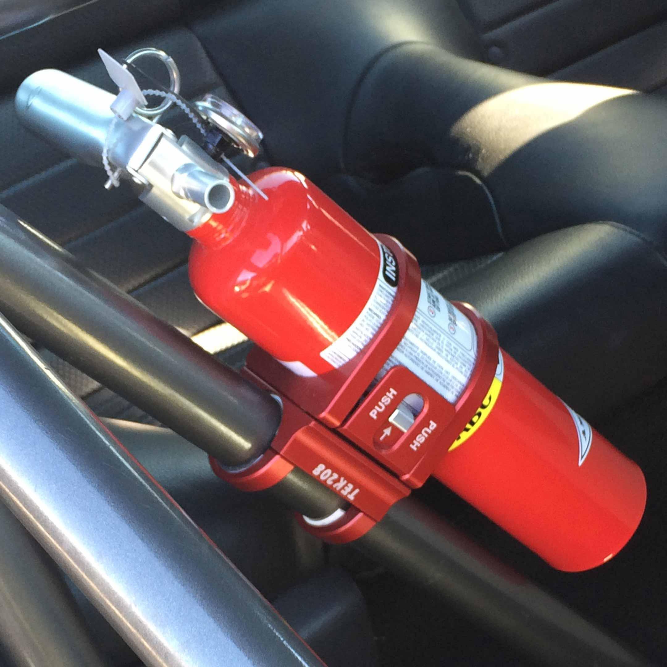 Hornet Outdoors UTV Roll Bar Mount Fire Extinguisher ... |Fire Extinguisher Roll Bar Mount